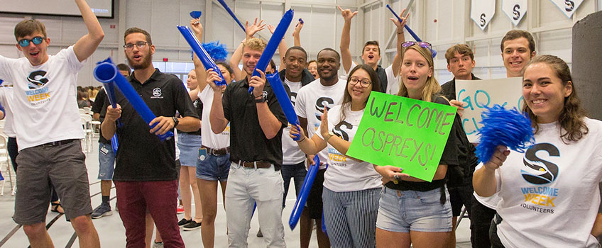 Student welcome week team
