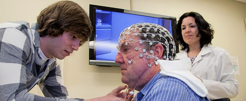 Students studying brain waves